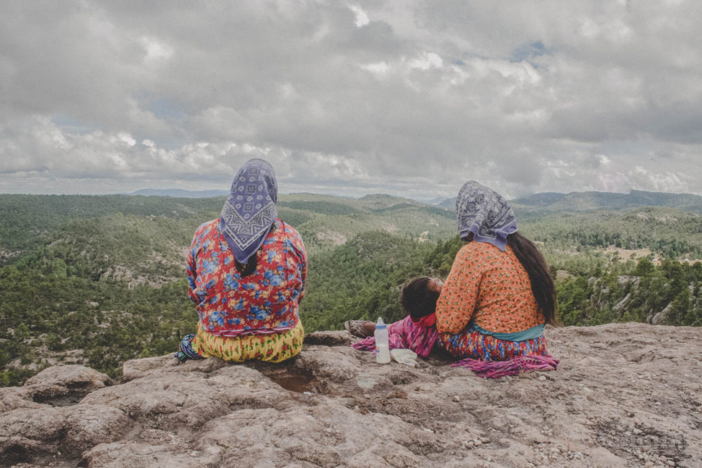 mujeres raramuri barrancas del cobre mexico